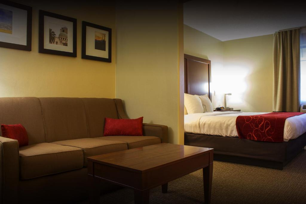 Book Now Comfort Suites Airport Tucson (Tucson, United States). Rooms Available for all budgets. The pet-friendly Comfort Suites Airport Tucson provides our guests with complimentary Wi-Fi free breakfast parking and airport shuttle service plus an outdoor pool and a locat