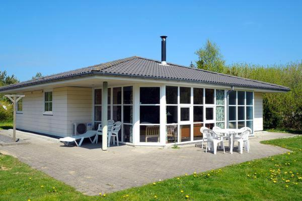 Four-Bedroom Holiday home in Nørre Nebel 4