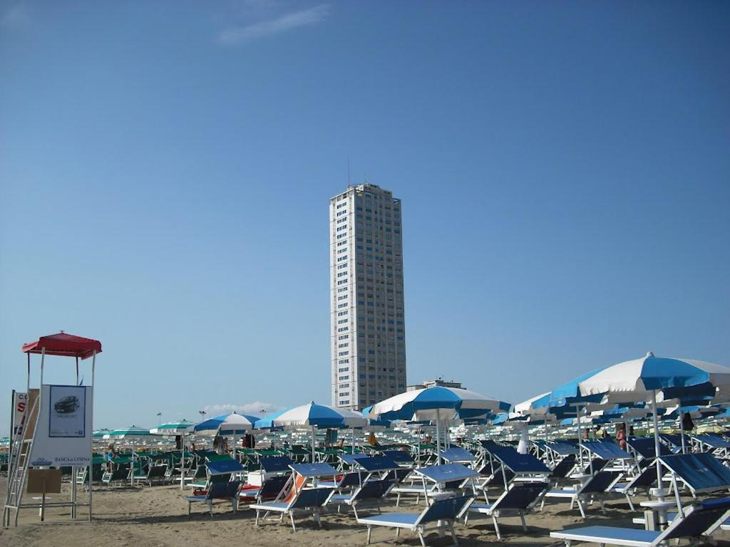 Il grattacielo sul mare cesenatico affari imbattibili su agoda.com