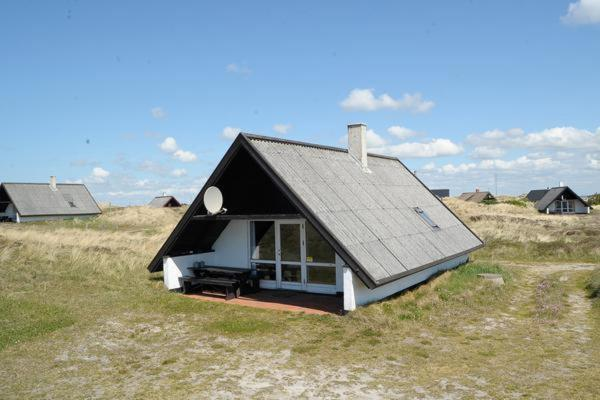 One-Bedroom Holiday home in Ringkøbing 2