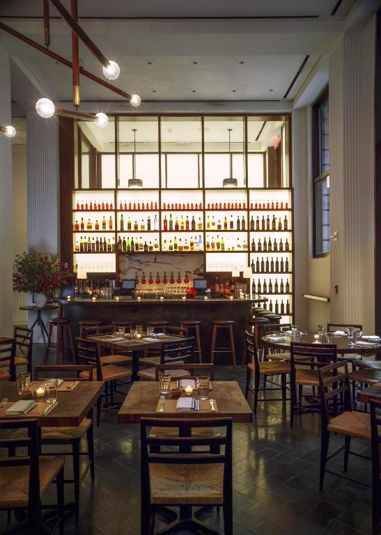 Book Now The Redbury New York (New York City, United States). Rooms Available for all budgets. Featuring Danny Meyer's MARTA restaurant and Caffe Marchio The Redbury New York is located in the NoMad neighbourhood in New York 280 metres from Madison Square Park. Free WiF