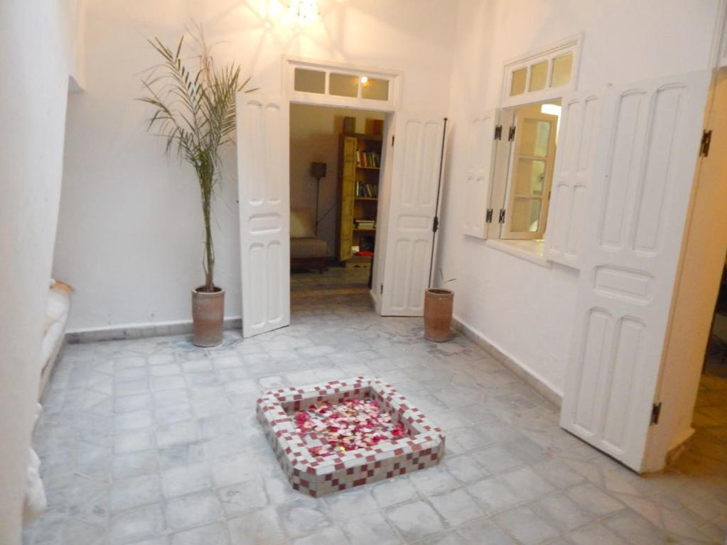 Three-Bedroom House Dar Zahira