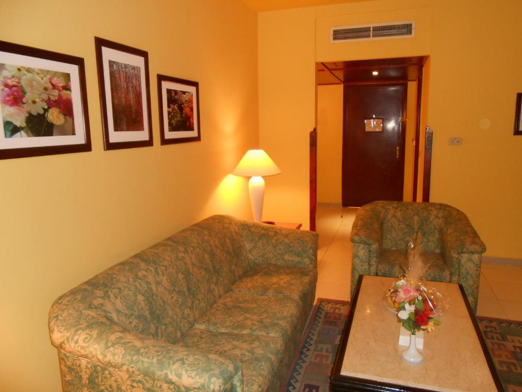 Special Offer - Junior Suite - Egyptians and Residents Only - Separate living room
