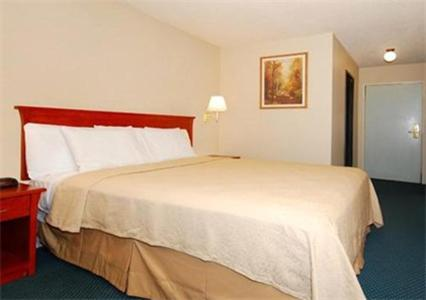 Book Now Quality Inn (Modesto, United States). Rooms Available for all budgets. Free internet complimentary breakfast and an outdoor pool await our guests at Quality Inn Modesto. The three-story Quality Inn's 68 rooms boast free Wi-Fi access microwaves re