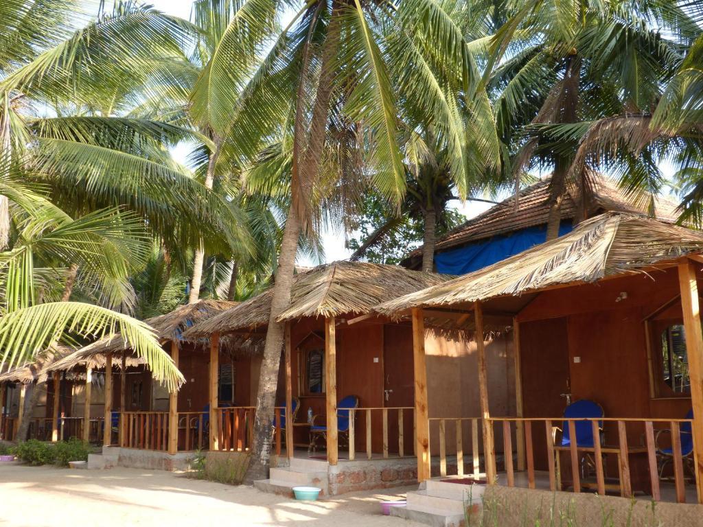 Agonda Kura Kura Beach Huts, Goa, India - Photos, Room