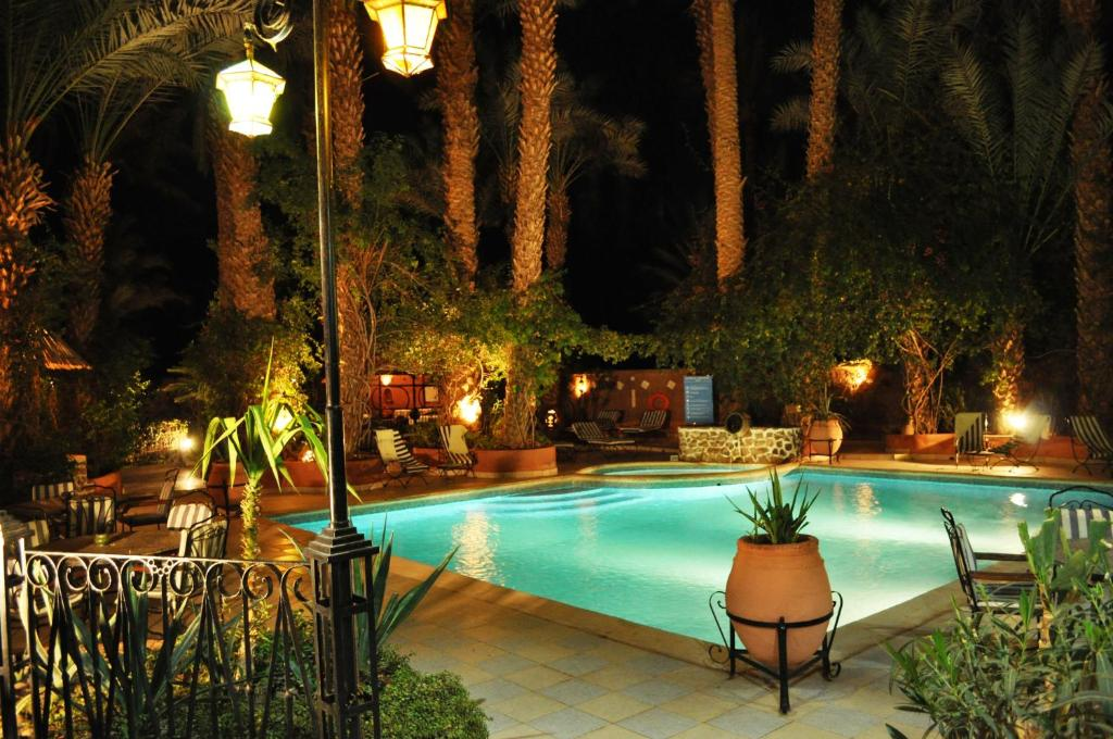 Swimming pool Kasbah Sirocco