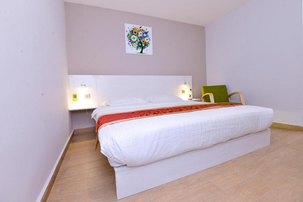 Standard Double Room Hotel Pintar