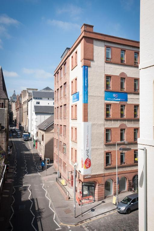 Destiny Student – Cowgate (Campus Accommodation)