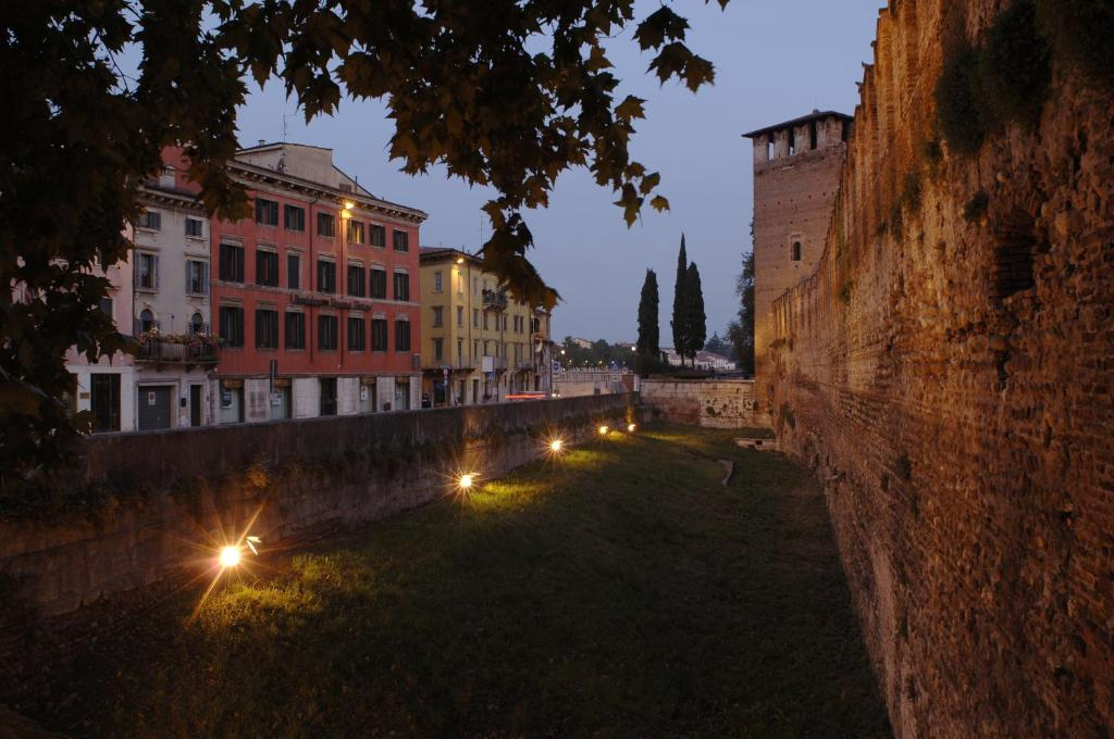 Verona House