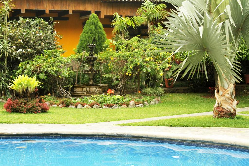 Hotel Cacique Inn, Panajachel - 2018 Reviews, Pictures & Deals