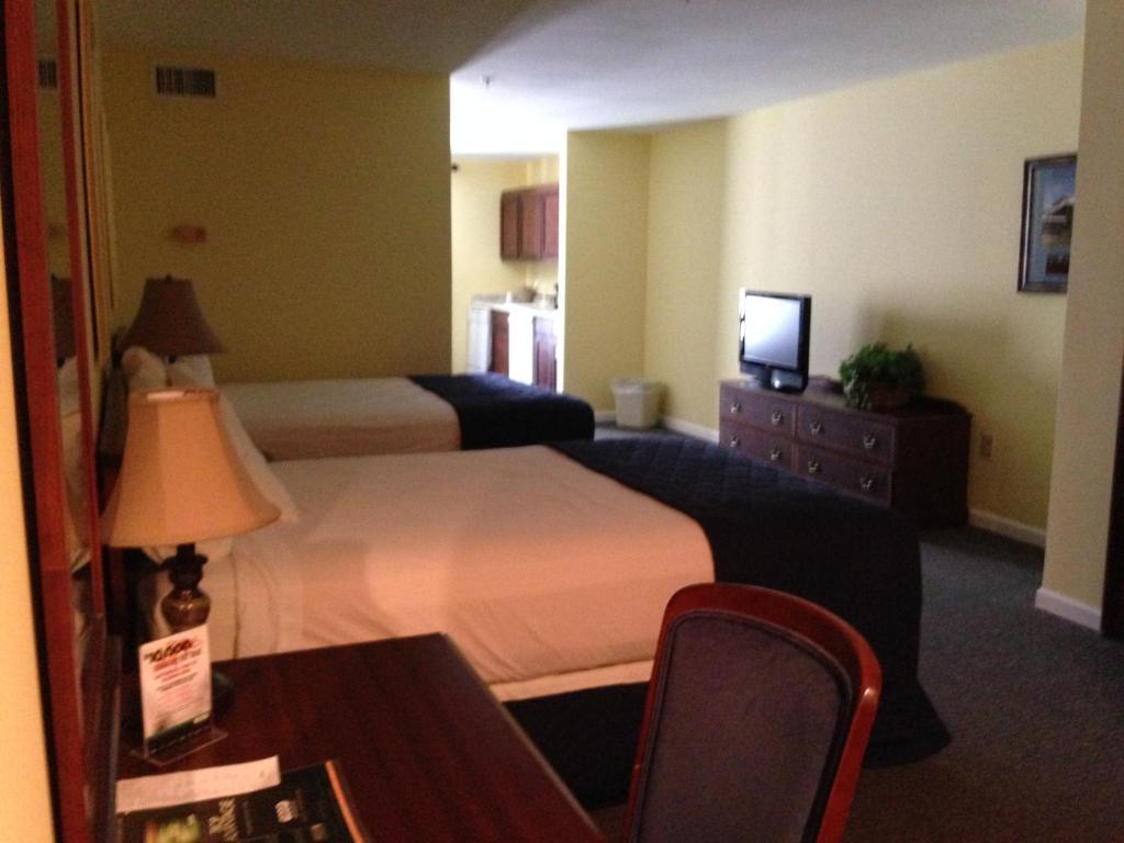 greenville inn suites courtyard greenville ms 211 walnut 38701
