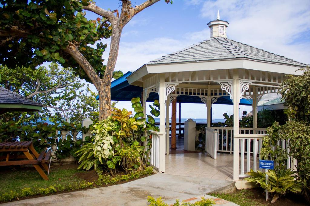 BAY GARDENS BEACH RESORT Gros Islet Rodney Bay Village