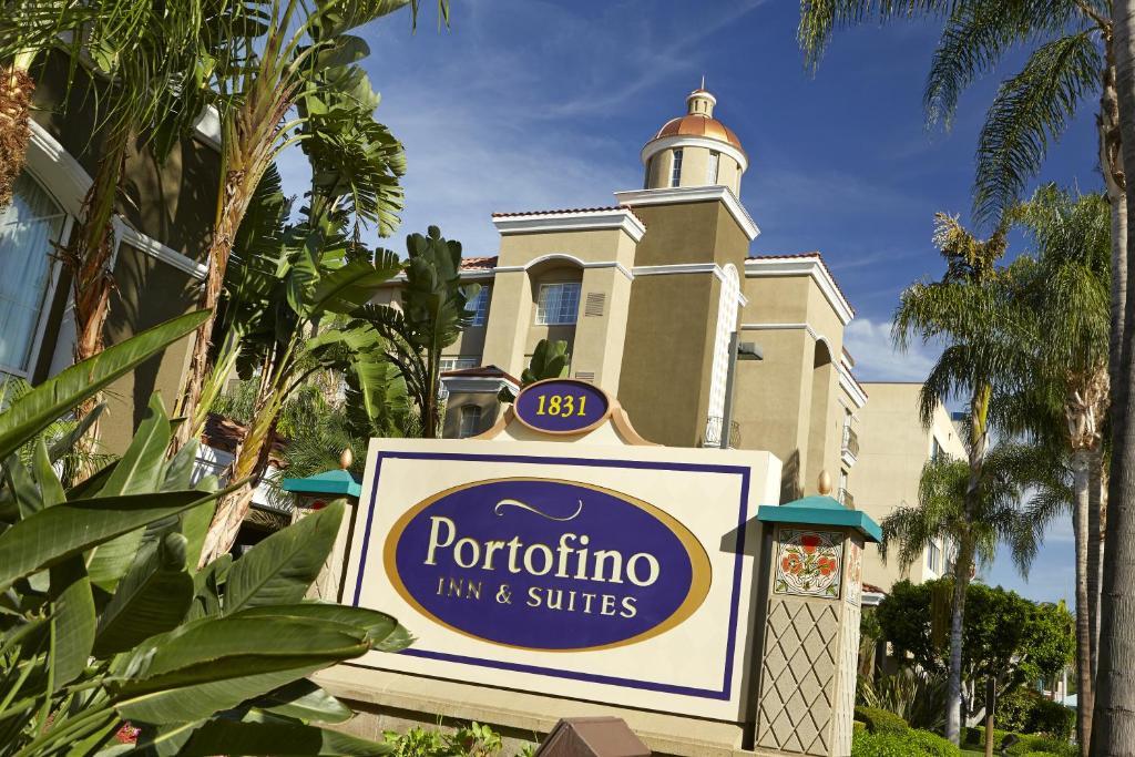 portofino inn suites anaheim ca 1831 south harbor 92802. Black Bedroom Furniture Sets. Home Design Ideas