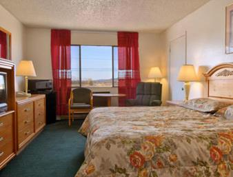 Book Now Super 8 Alturas (Alturas, United States). Rooms Available for all budgets. Low rates and helpful freebies such as Wi-Fi and breakfast make the Super 8 Alturas a solid choice for our guests in this Northern California city. The 49 rooms at this two-st