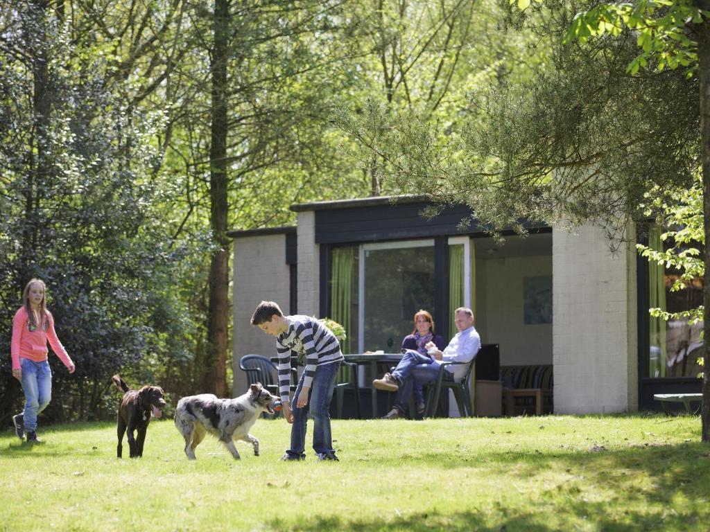 Best Price On Holiday Home Center Parcs Het Heijderbos 5 In Gennep