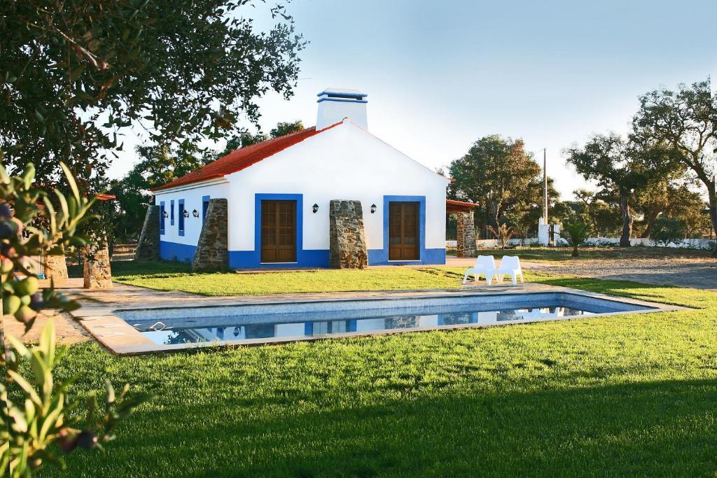 Monte Azul Casas De Campo Do Junqueirinho Martim Vaqueiro