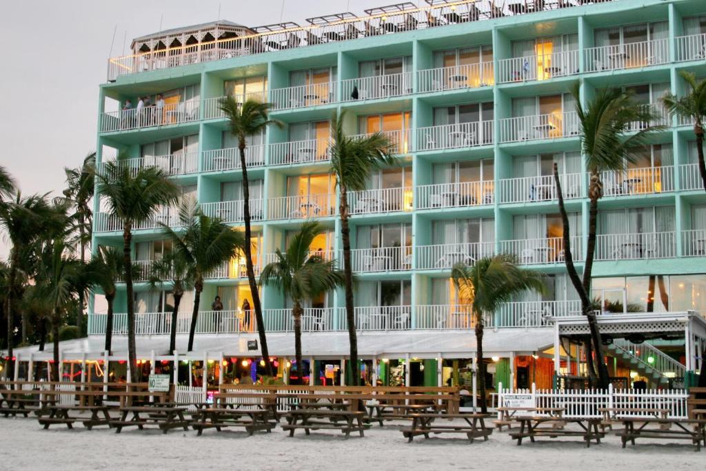Lani Kai Beachfront Resort 1400 Estero Boulevard Fort Myers Beach Florida 33931 Usa Caption