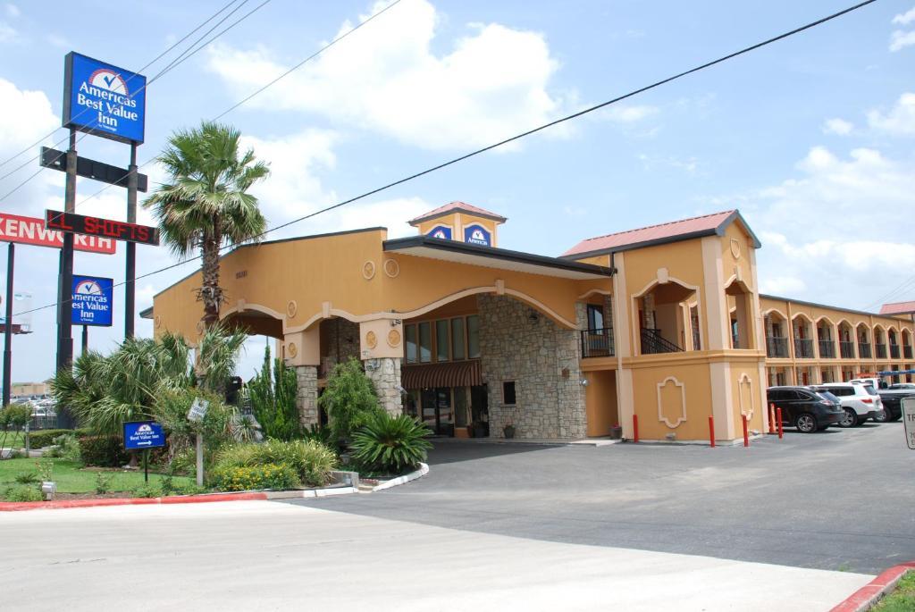 Hotel Rooms In Buda Texas
