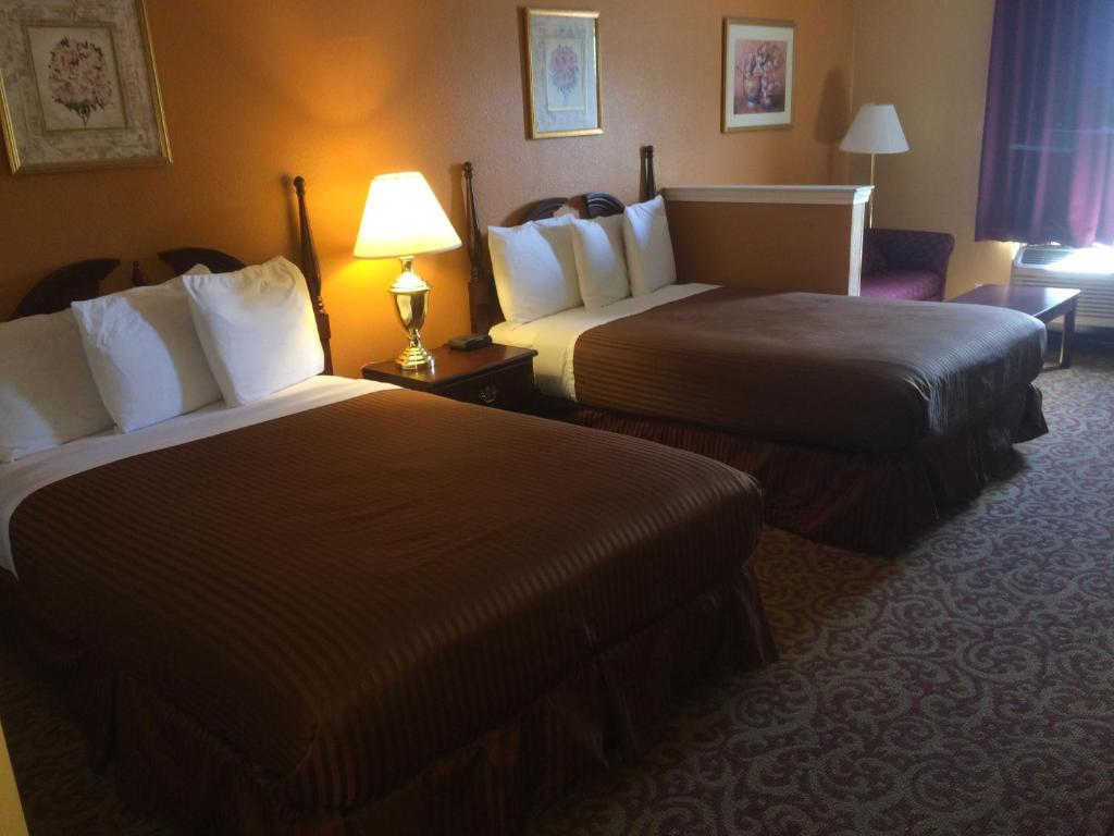 Pensacola Hotels with Disabled Facilities