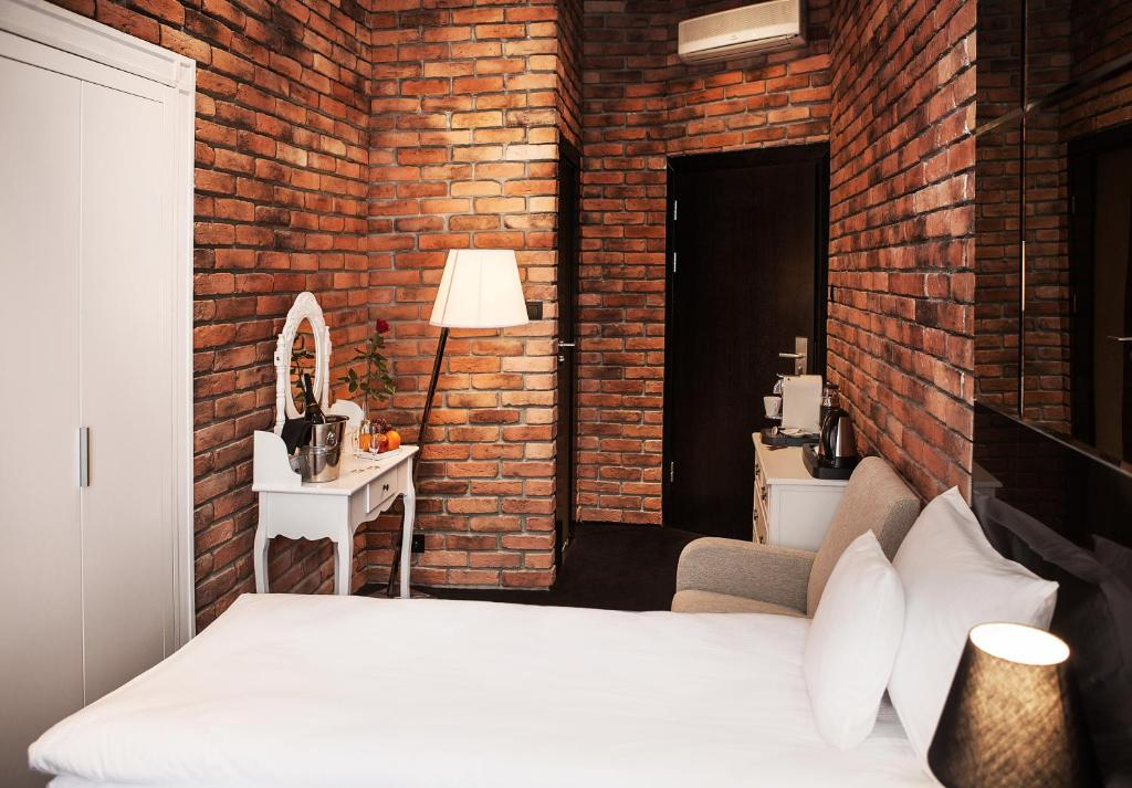 Classic Double Room Aparthotel Betmanowska Main Square Residence