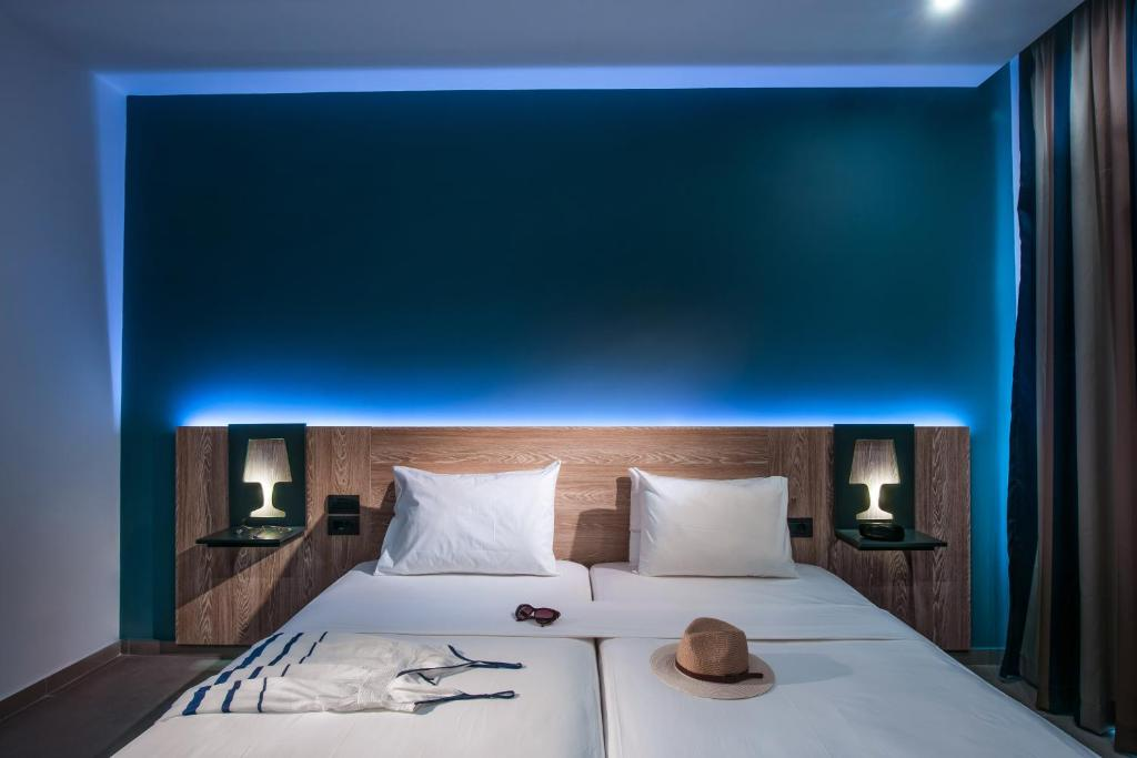Infinity blue boutique hotel spa adults only formerly for Design boutique hotel kreta
