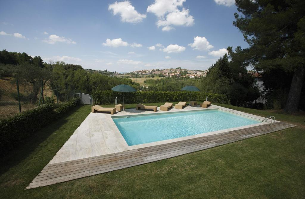 Five-Bedroom Holiday Home Casa Peragna