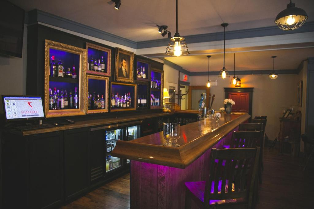 Book Now Lanes Privateer Inn (Liverpool, Canada). Rooms Available for all budgets. This historic inn is located along the Mersey River in Liverpool Nova Scotia. It features wine tastings live music and an on-site pub. Free Wi-Fi is provided in the guest room