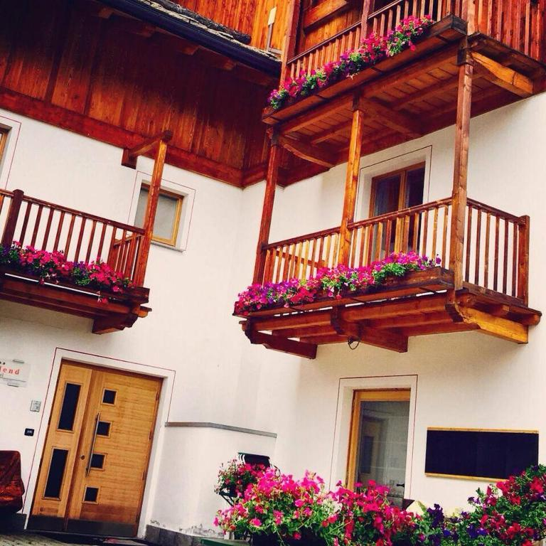 Book Now Hotel Nordend (Gressoney la Trinite, Italy). Rooms Available for all budgets. The Nordend is a small friendly hotel facing the cable car for the Monterosaski area. There is free parking and free access to the sauna and Turkish bath on site. Free Wi-Fi i