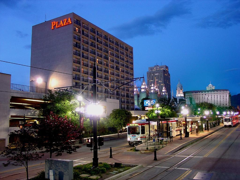 Salt Lake Plaza Hotel Reviews