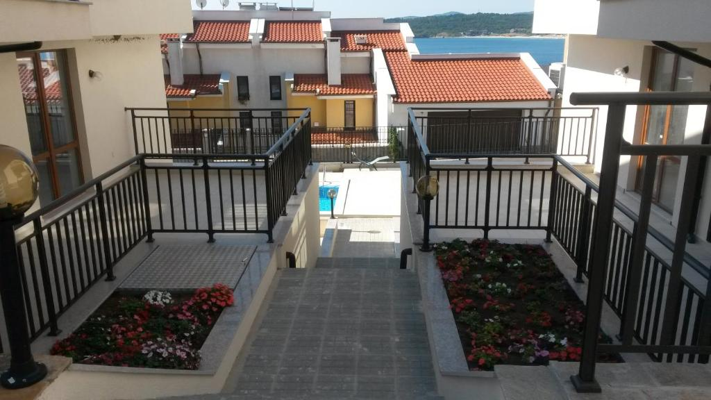 Schwimmbad Apartments in Villas Apolon