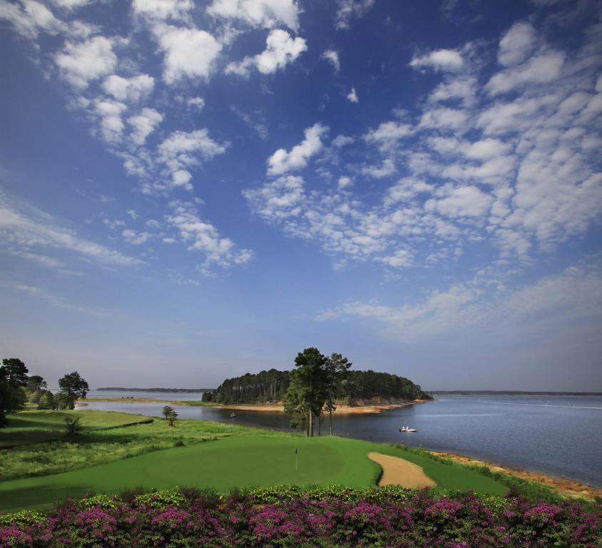 Book Now Cypress Bend Resort BW Premier Collection (Many, United States). Rooms Available for all budgets. Excellent golf awaits at Cypress Bend Resort BW Premier Collection which has a pool spa and restaurant. This sprawling low-rise resort offers 18-hole golf and 95 rooms with fl