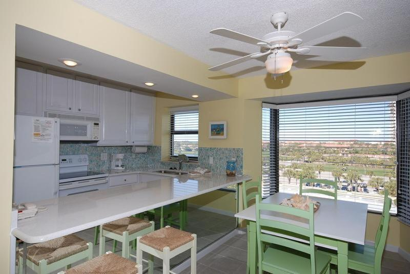 Studio Apartment Beachside Two 4268 at Sandestin