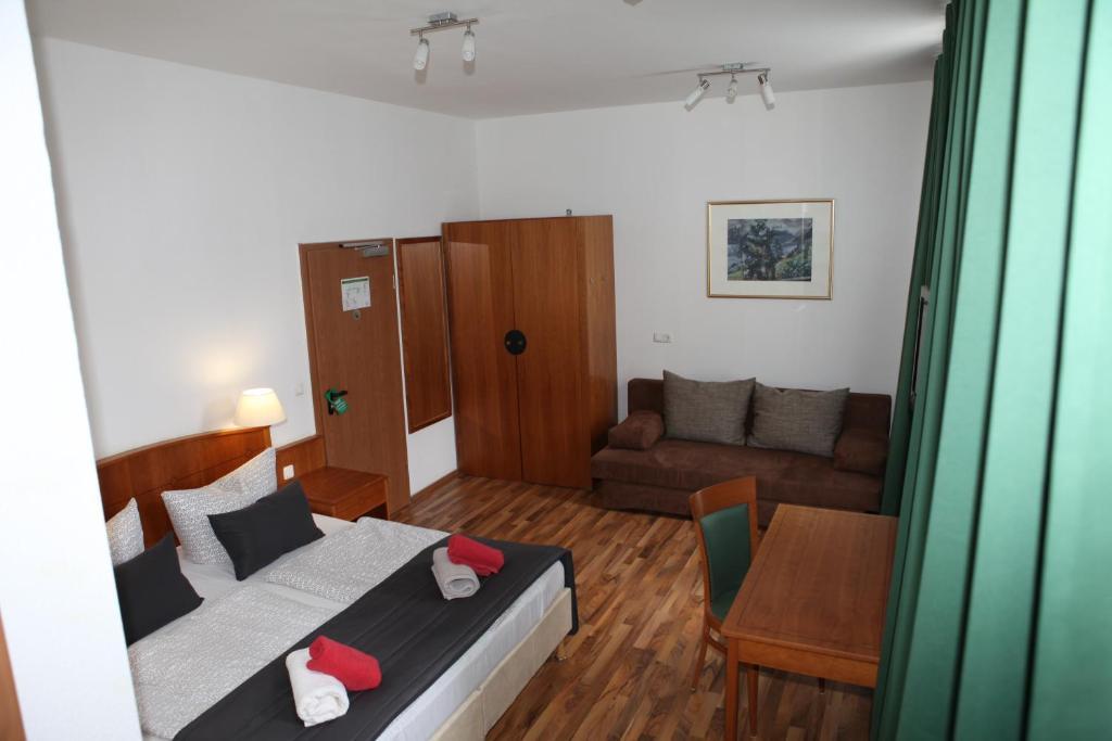 hotel alt erfurt andreasvorstadt informationen und buchungen online viamichelin. Black Bedroom Furniture Sets. Home Design Ideas