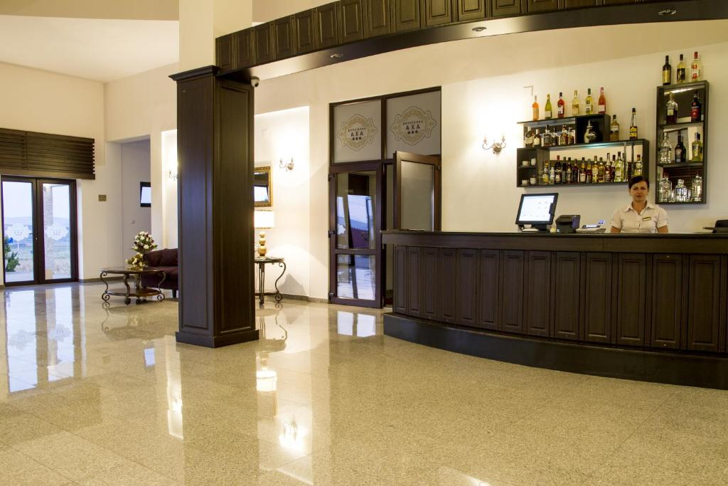 Lobby Hotel Axa Travel