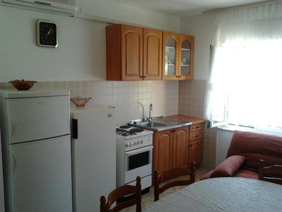 Apartments Vesna 49