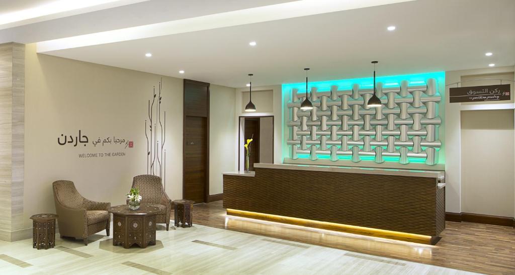 Nice Hilton Garden Inn Evanston Composition - Garden Design and ...