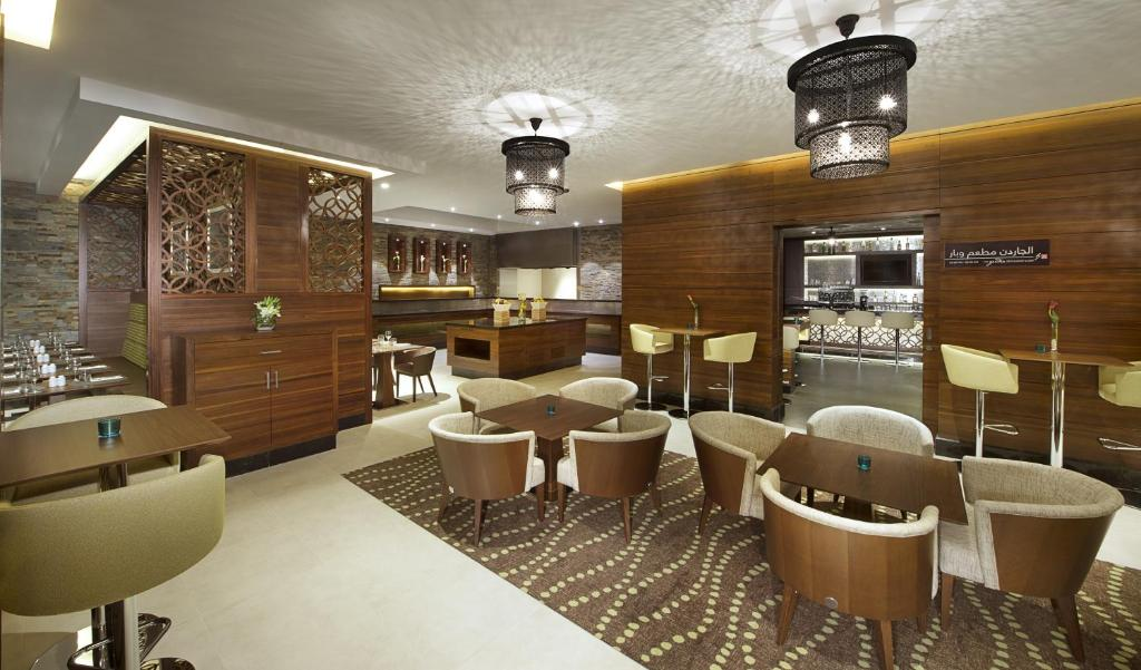 Hilton Garden Inn Dubai Al Muraqabat Dubai Abu Baker Al Siddique Rd