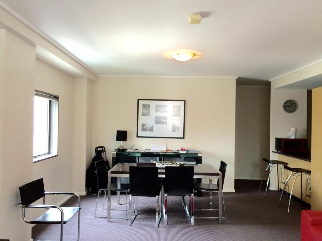 Theatre District Apartment 181 Exhibition Street Melbourne