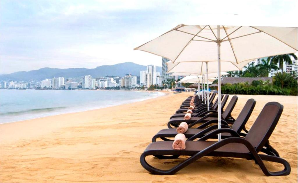 Spiaggia Two Bedroom Apartment by Grand Hotel Acapulco