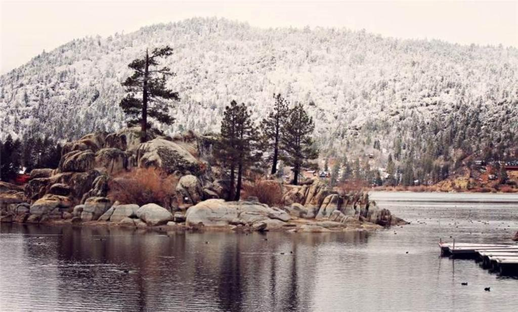 See all 6 photos Big Bear 4 Seasons Lodge