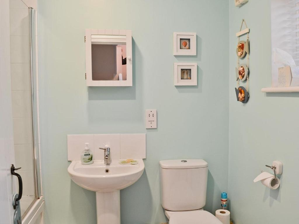 Baño Chalk Cottage