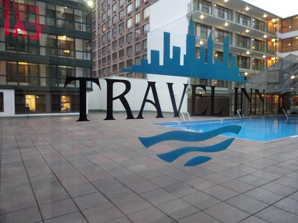 Book Now Travel Inn - Midtown Manhattan (New York City, United States). Rooms Available for all budgets. This boutique hotel in Manhattan is 3 blocks from the Jacob K. Javits Convention Center. The hotel features an outdoor pool and flat-screen TVs in every room.Travel Inn guest