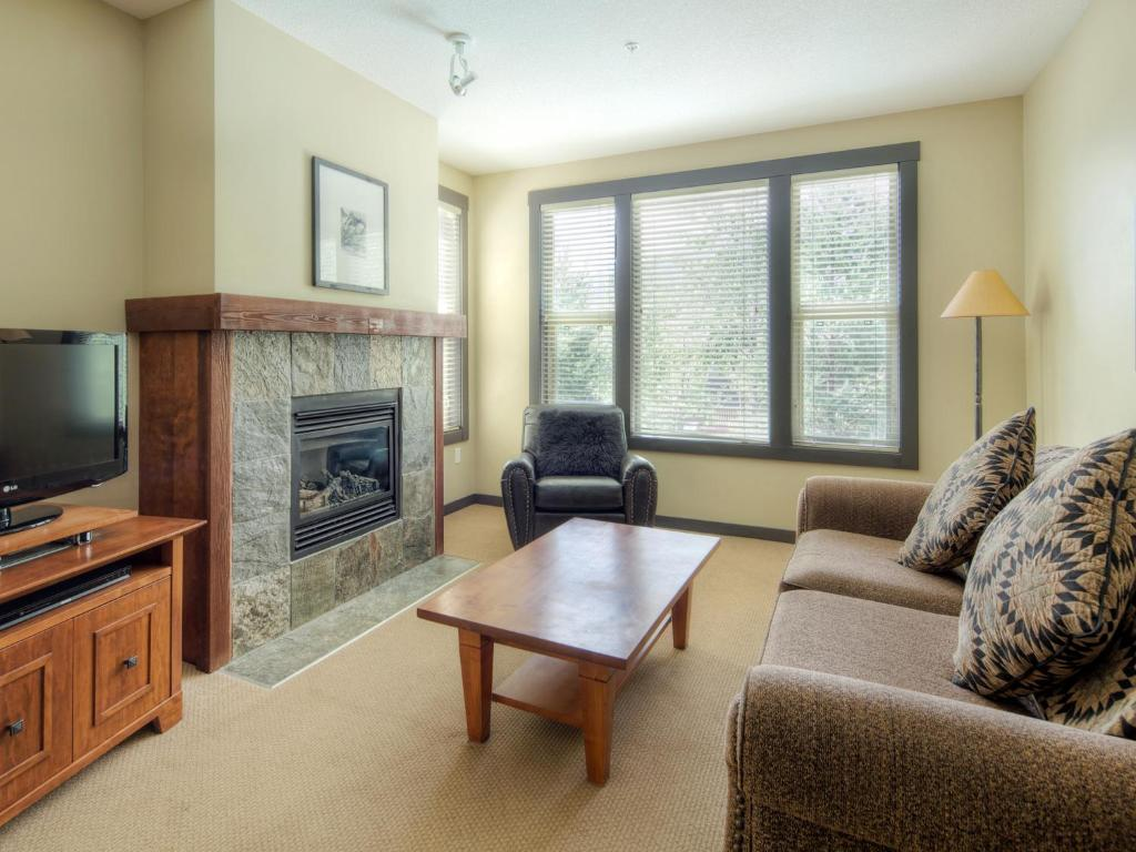 Separate living room Panorama Mountain Resort - Premium Condos and Townhomes