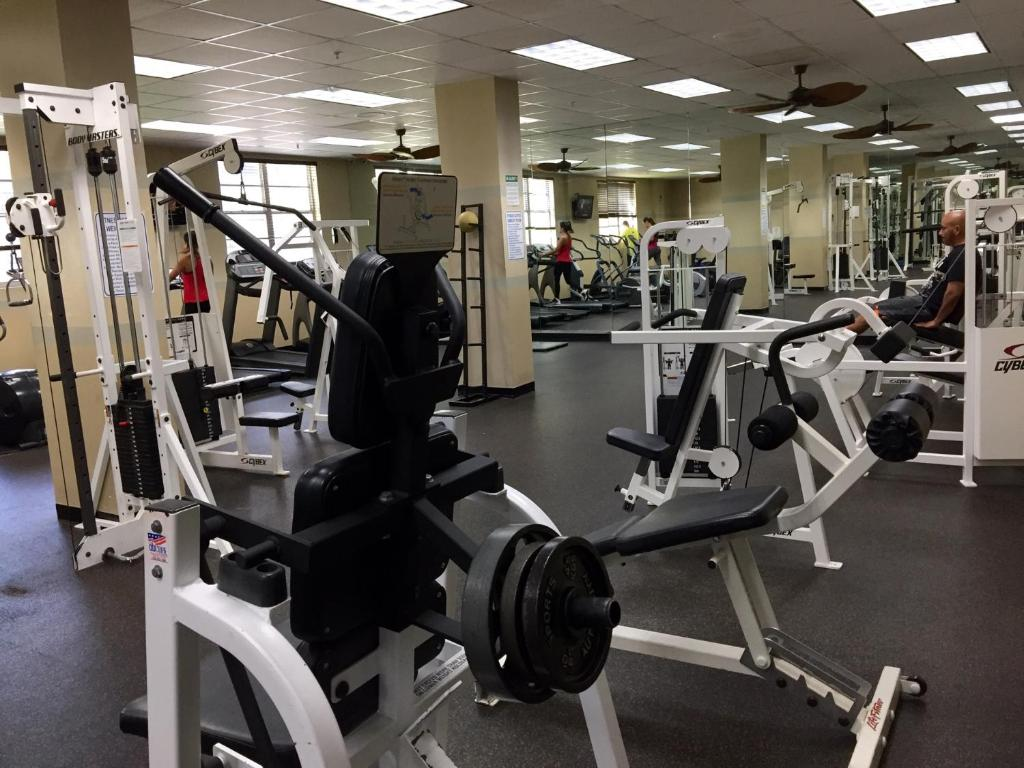 Fitness center Ocean Reserve Miami Luxury Rentals