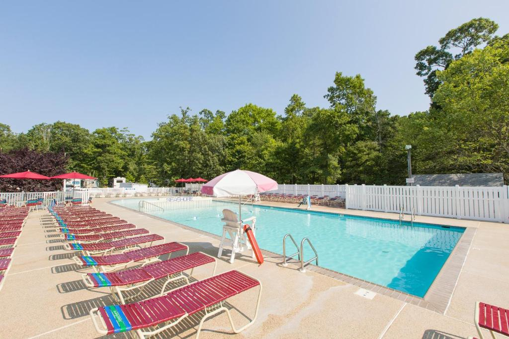 Swimming pool Seashore RV Resort & Campground