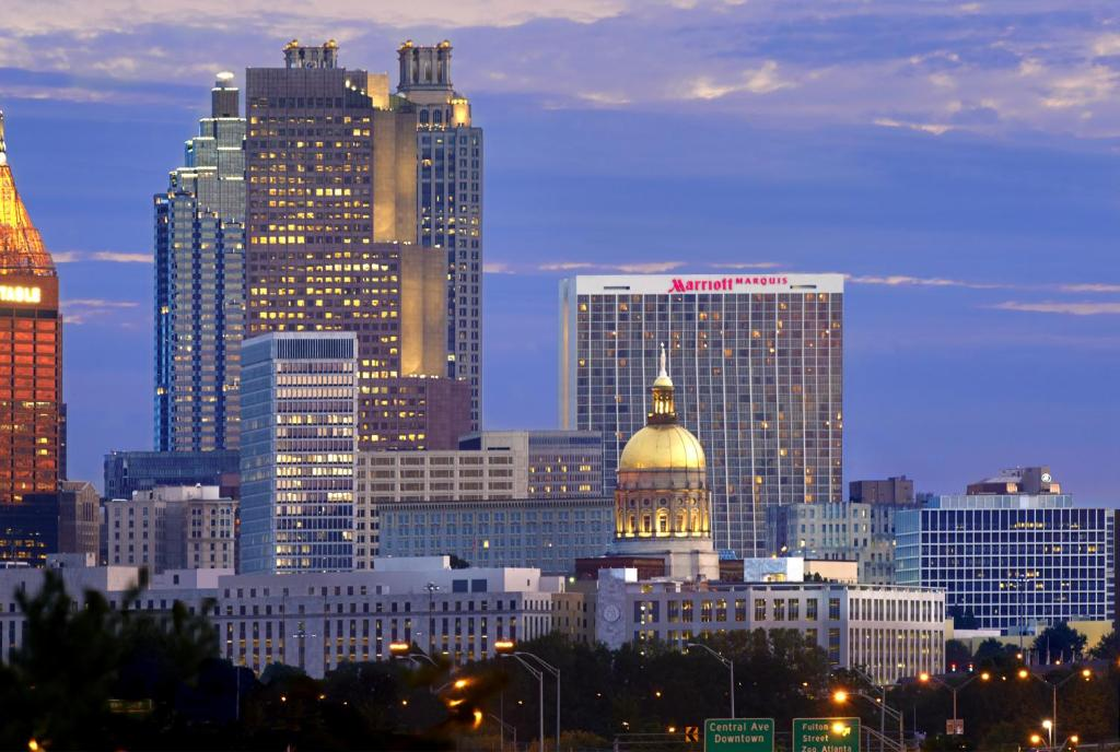 Book Now Atlanta Marriott Marquis (Atlanta, United States). Rooms Available for all budgets. With a spa an outdoor heated pool trendy dining options flat-panel TVs and the utmost in southern charm our guests find solace at the downtown Atlanta's majestic non-smoking M