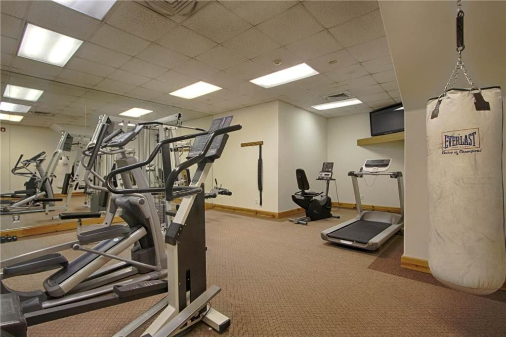 Fitness center Corral #205S