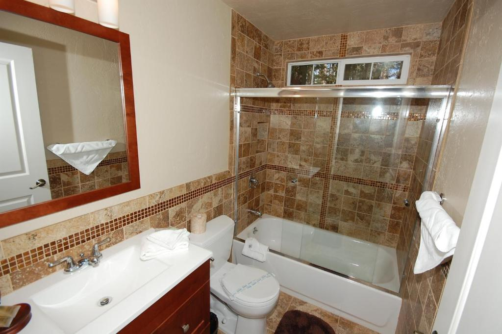 Bagno 3373 Cape Horn Road Holiday Home
