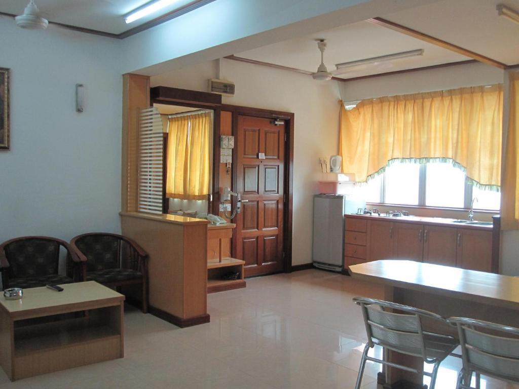Located In Kuala Terengganu Wisma Pantai Apartment