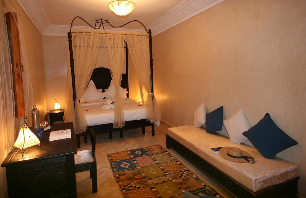Bab Jdid Suite (3 Adults) - Guestroom